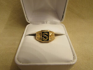 "Initial ""S"" Boys/Small Finger Yellow Gold Filled Ring With Genuine Onyx Stone"