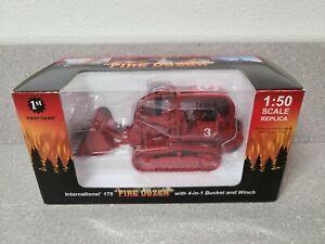 International IH 175 Crawler Loader - Fire Dozer First Gear 1:50 #50-3075 New!