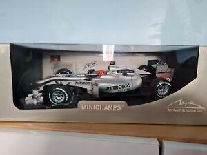 Mercedes GP G1 Team MGP W01 Michael Schumacher 2010 1:18 Minichamps