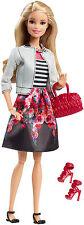 Barbie STYLE DOLL, Floral Jupe, enracinée cils, totalement articulées, 100+ pose