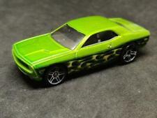 2012 Hot Wheels Dodge Challenger Concepto METALFLAKE Verde