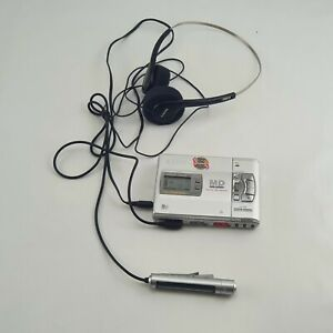 SONY MZ-R50 Minidisc Player incl. Headphones & Remote