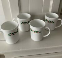 Corning ware Pyrex Corelle HOLLY DAYS Christmas Mugs Coffee Cups Set Of 4