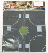 BUSCH HO scale ~ 'ROUNDABOUT' ~ 1/87 PEEL AND STICK ROADWAY for MODEL TRAIN