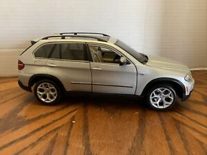 BMW X5 Bburago 1/18 Scale Diecast Silver