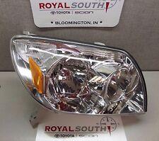 Toyota 4Runner 2003 - 2005 Right Front Headlight Genuine OEM OE
