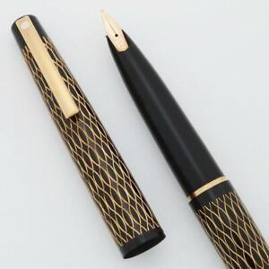 Lady Sheaffer 632 Fountain Pen (1975) - Black Tulle, 14k Med Stylpoint Nib (New)