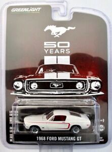 "1968 Ford Mustang GT  weiss  ""50 Years""  /  Greenlight 1:64"