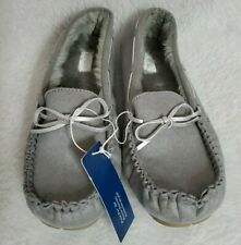 Old Navy NWT Womens Sherpa Mock Gray Moccasins Slippers Shoes Size 10