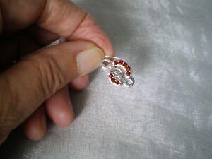 Rhodolite Garnet Kama charm, 0.91 carats, 5.73 grams of 925 Sterling Silver