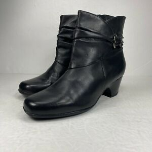 Clarks Artisan Black Leather Ankle Boot Booties Zip Up Buckle Detail Sz 8 Womens