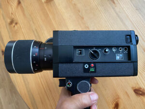 Super 8 cine camera F1.8, zoom 10:1, Macro focusing, MX1000