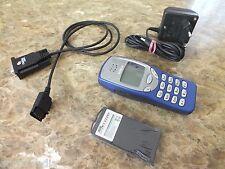 100% original Nokia 3210 azul móvil con cable de datos rs-232 en serie culto celular Top