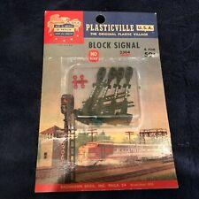 HO Plasticville #HO-2304 -Block Signal (4) - Blister Pack -