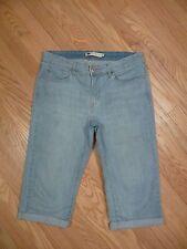 Womens Levi's Mid Rise Light Stretch Cropped Capri Denim Jeans Sz 10 / 30 GREAT!