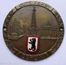 Plakette Badge Kühler Autoplakette -Berlin Funkturm--