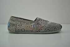 Womens Toms Classic Silver Tan Morocco Crochet Flats Slip On Shoes Size 6.5