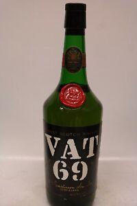 Fl. VAT 69 Blended Scotch Whisky - older bottle, 700ml