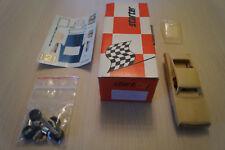 starter kit miniature Ford Torino N°121 Dan Gurney Nascar 1968