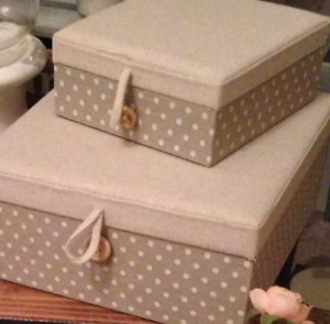 Set of 2 Gisela Graham Natural/Polka Dot Fabric Button Fastening Keepsake Boxes