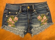 American Eagle Embroidered denim shorts size 00 Totally awesome !!!