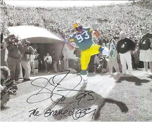 Gilbert Brown Green Bay Packers Autographed 8x10 Photo with The Gravedigger
