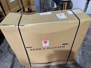 Bang & Olufsen B&O Beovision 14-40 Replacement Frame & Contrast Screen Boxed