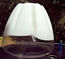 très grosse verrerie de lustre ou lampe en verre blanc désign du 20 ème