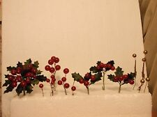LOT 15~VINTAGE CHRISTMAS BERRY,  VELVET LEAF, BALL, PICKS~8 CLUSTER, 7 SINGLE~