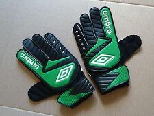 New Umbro Denstone Football Goalkeeper Gloves Mens Size 8 Green / Black