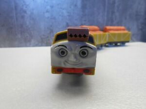 tomy trackmaster thomas the tank engine battery train diesel 10 trucks + cargo