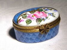 SL LIMOGES TRINKET / PILL BOX SIGNED  FLORAL LUCKY CLOVER / SHAMROCK  CLASP