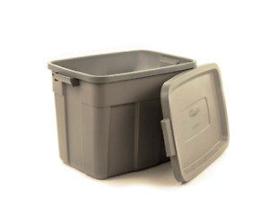 Rubbermaid  Roughneck Storage Tote  LID-ONLY