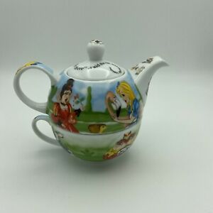 Alice in Wonderland 150th Anniversary Edition Paul Cardew Teapot & Tea Cup