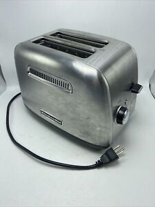 KitchenAid 2-Slice Toaster With Manual Lift Lever KMT2115SX Contour Silver