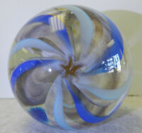 9228m Star Pattern Lobbed 2.09 Inches Handmade Contemporary Marble  *Mint*