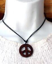 Collier ethnique Peace and Love en bois exotique artisanat Indonésie Bali