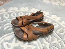 Merrell Caramel Brown Tan Strappy Sandals Shoes 9 Nice!