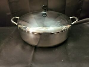 "FARBERWARE 12"" x 3.25"" 6 QT, FRYER, SAUCE PAN STOCKPOT W/ LID"