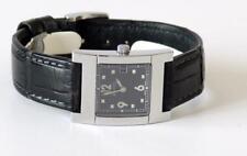 Gucci 7700L Swiss Quartz date watch Black Gucci leather strap Rectangular case