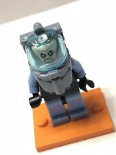LEGO DC Super Heroes Mr Freeze Minifigure 76000 Mini Fig