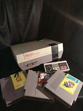 Nintendo NES Consola, versión original de 1985 con 3 Juegos Y Tarjetas Trivia