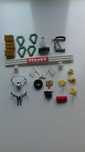 Scalextric Vintage Odd Pieces Rear Pit Attendants Tyre JPS Piece Track Lifters