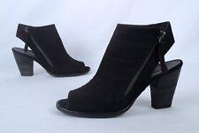 Paul Green 'Cayanne' Sandal- Black- Size 6 US/ 3.5 UK  $398  (Z2)