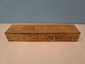 WOODEN HINGED BOX WITH FLORAL DESIGN