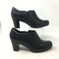 Clarks Artisan Mika Sue Ankle Heel Bootie Side Zip Pleat Leather Black Womens 8M
