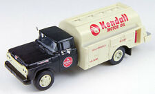 HO 1/87 Classic Metal Works # 30457 - '60 Ford Tank Truck - Kendall Motor Oil