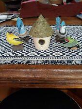 4 Birds and Bird House