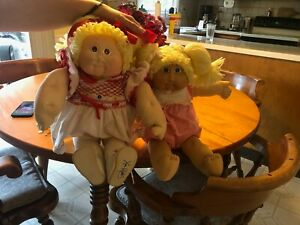 """Autographed Cabbage Patch Doll """"Tessie Bell."""""""