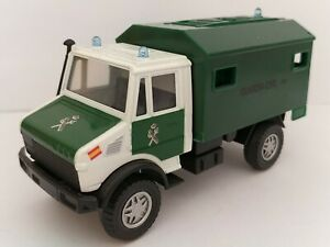 1/43 SIMILAR MERCEDES UNIMOG COCHE GUARDIA CIVIL AESCALA SCALE CAR DIECAST